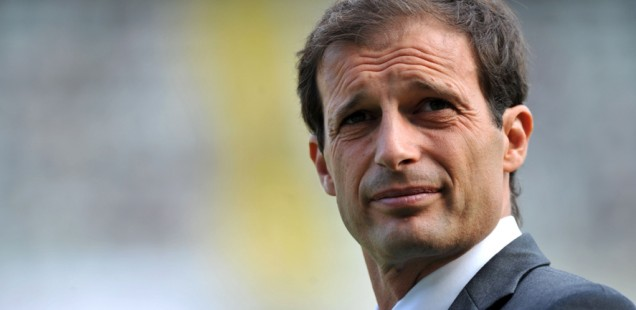 19 October 2008: Allegri head coach of Cagliari in action during the Italian Serie A 7th round match played between Torino and Cagliari at Olympic Stadium in Torino. © Valerio Pennicino / GRAZIANERI